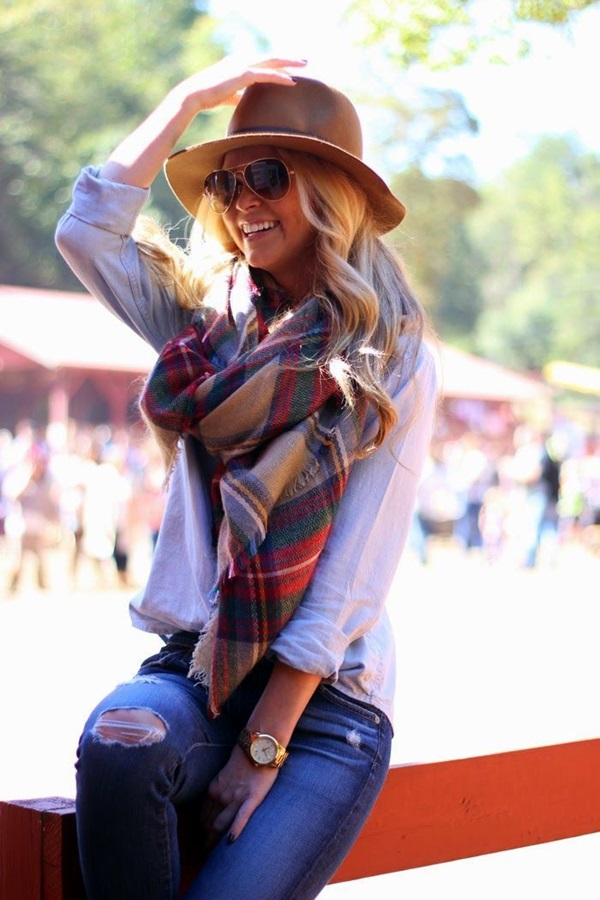 Scarf Outfit Ideas to try this Winter (10)