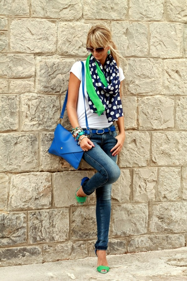 Scarf Outfit Ideas to try this Winter (12)