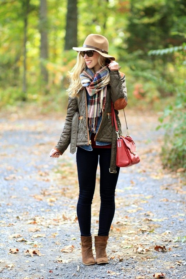 Scarf Outfit Ideas to try this Winter (18)