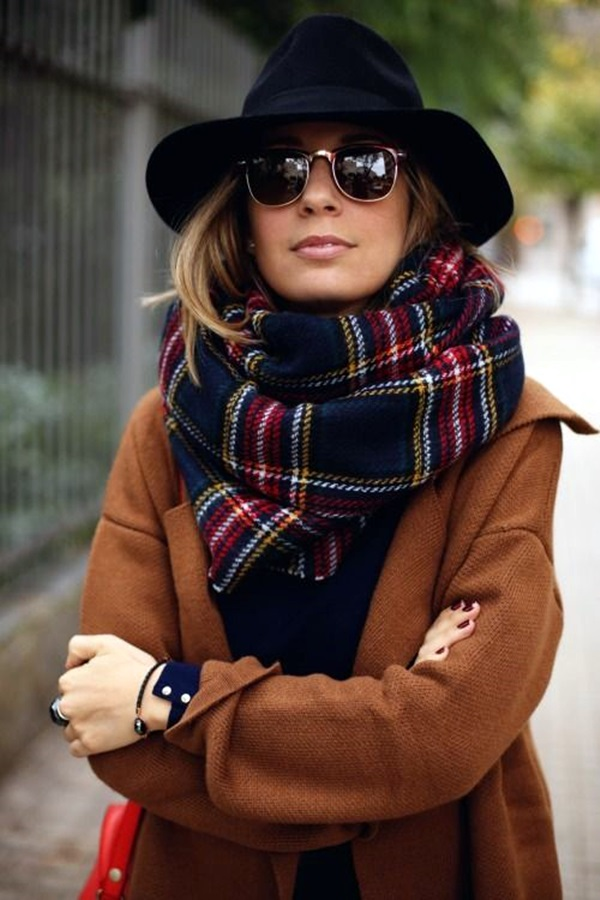 Scarf Outfit Ideas to try this Winter (21)