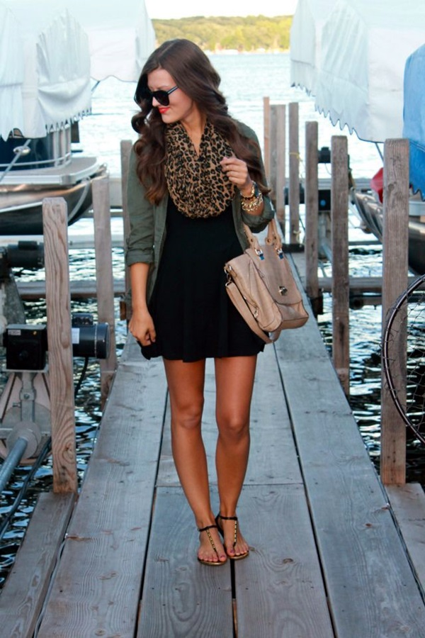 Scarf Outfit Ideas to try this Winter (27)