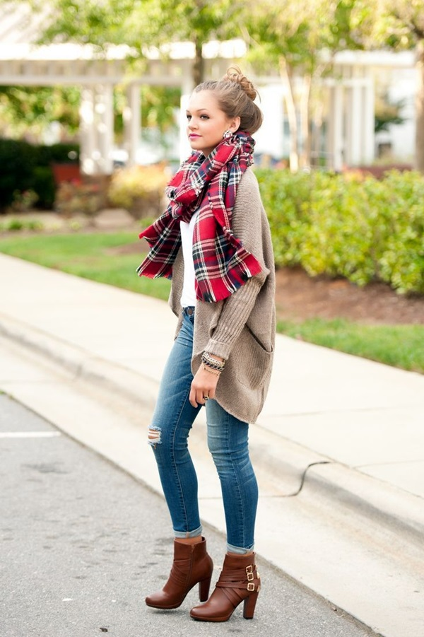 Scarf Outfit Ideas to try this Winter (30)