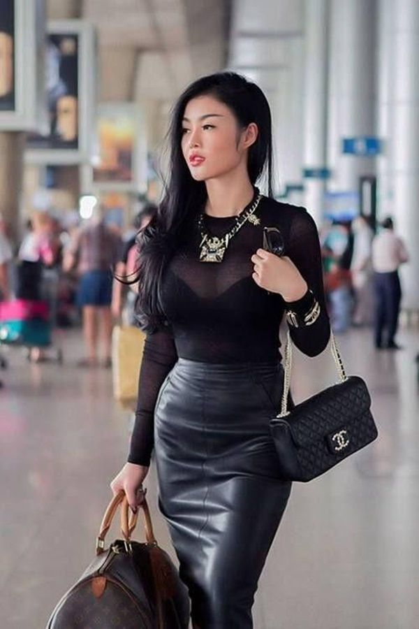 Styles of Skirt Every Woman Should Own (15)