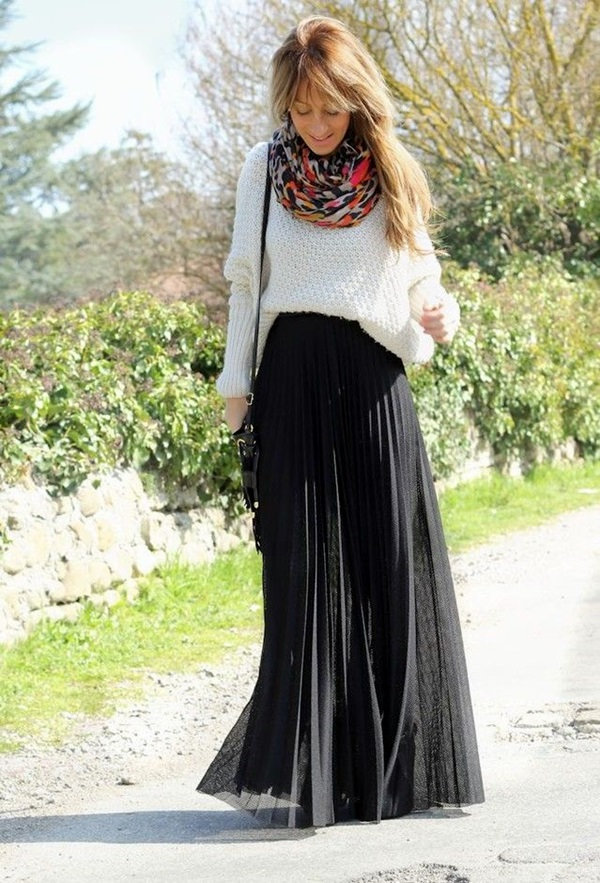 Scarf Outfit Ideas to try this Winter (11)