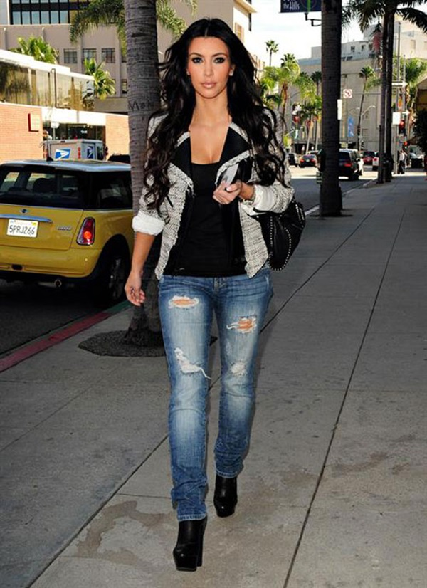 Kim Kardashian Fashion Style Ideas1 (32)