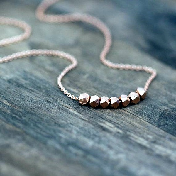 Cute and Simple Gold Necklace Designs (14)