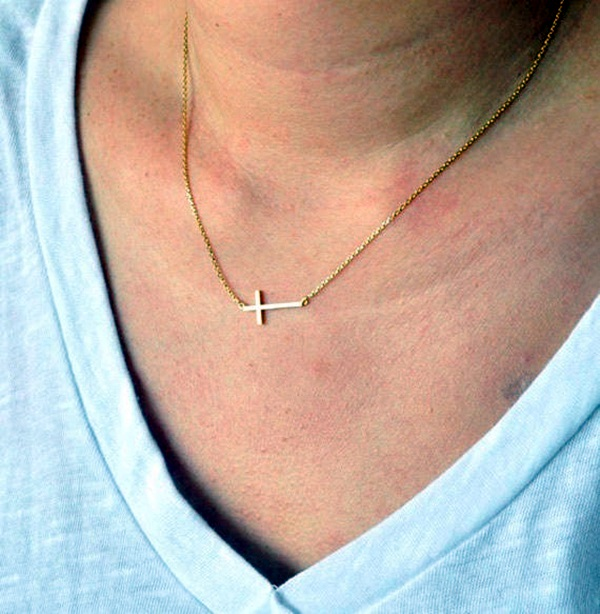 Cute and Simple Gold Necklace Designs (31)