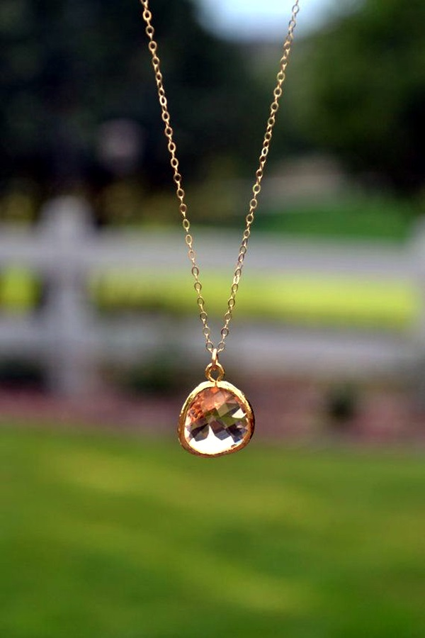 Cute and Simple Gold Necklace Designs (33)