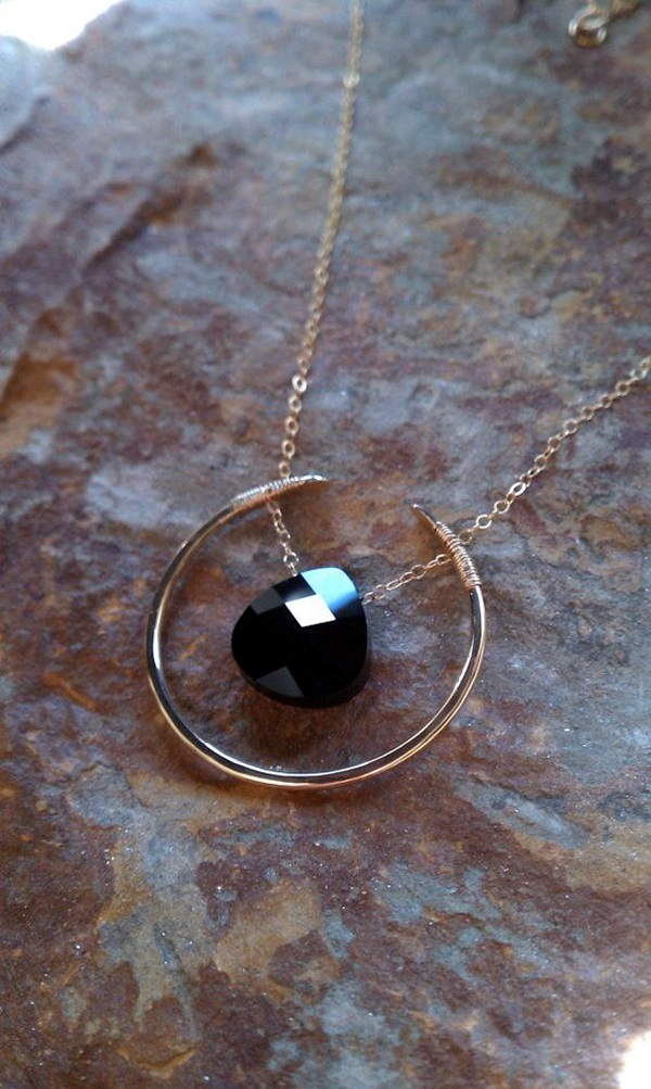 Cute and Simple Gold Necklace Designs (4)