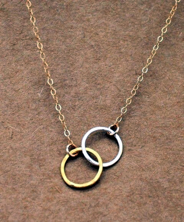 Cute and Simple Gold Necklace Designs (7)