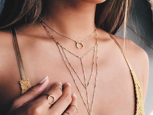 Cute and Simple Gold Necklace Designs