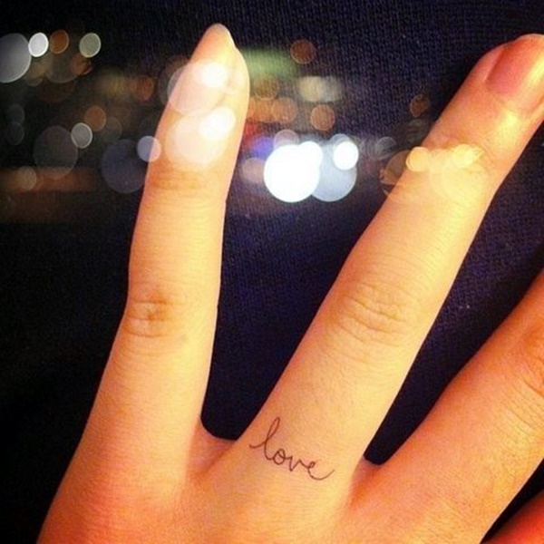 Finger Tattoo Ideas and Designs (19)