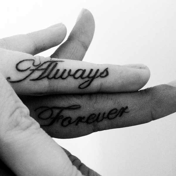Finger Tattoo Ideas and Designs (21)