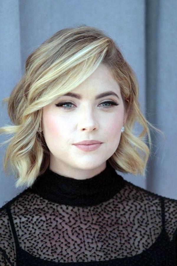 Medium Length Hairstyles For Women (12)