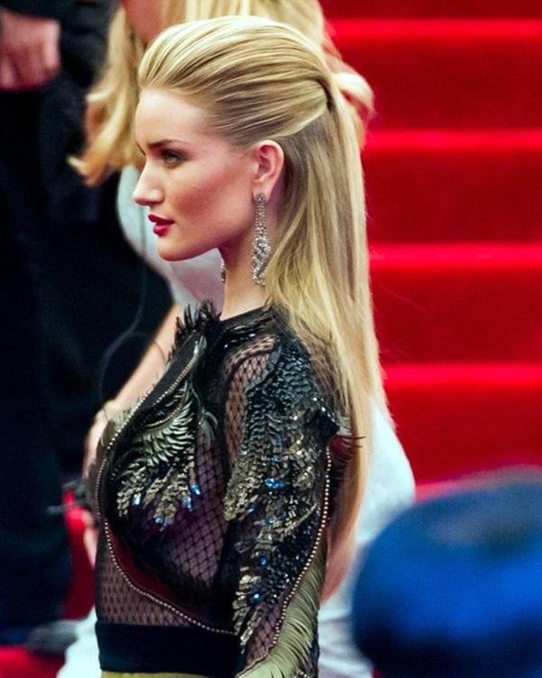 Medium Length Hairstyles For Women (2)