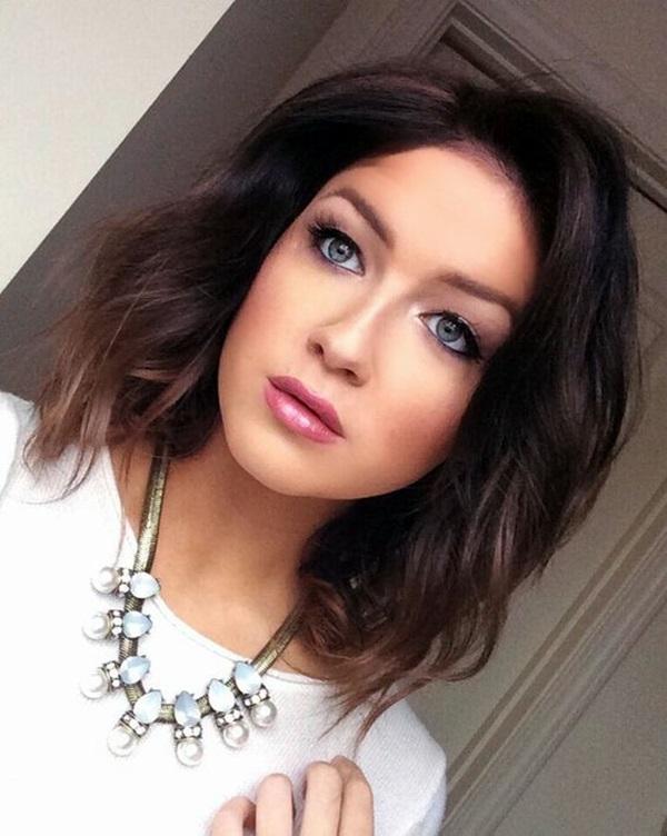 Medium Length Hairstyles For Women (21)