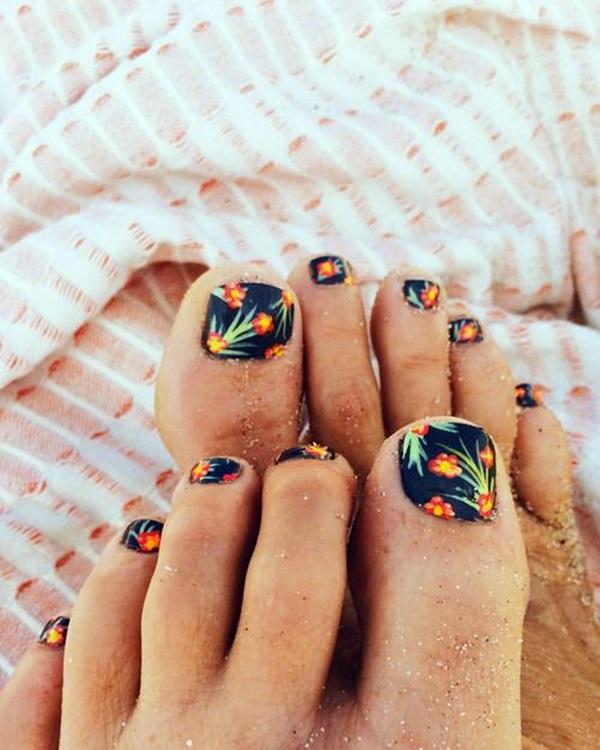 Toe Nail designs (1)