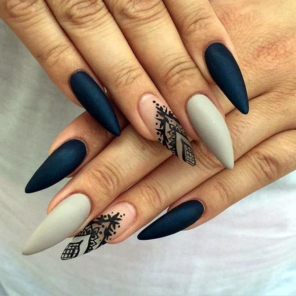 Дизайн ногтей на острую форму
