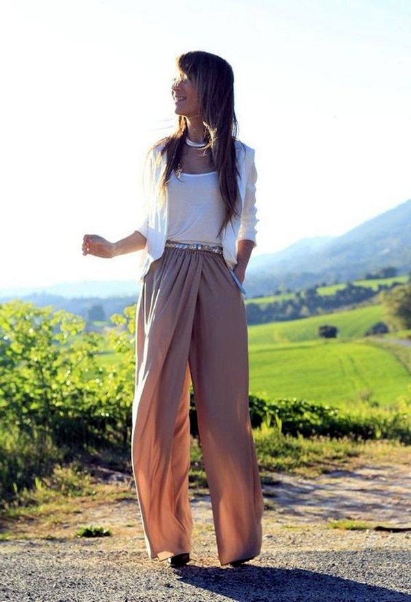 Ideas to Make Those Harem Pants Look Sexie (3)