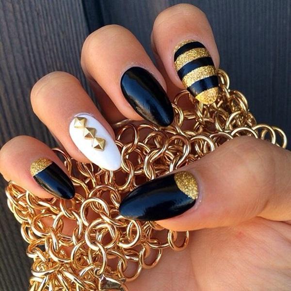 Pointy Almond Nail designs (12)