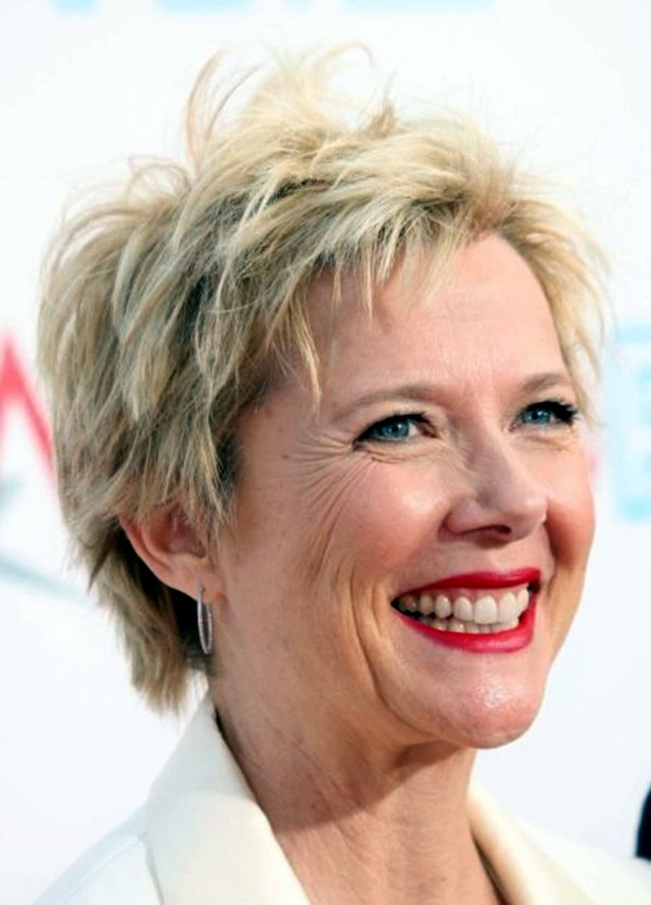 Short Hairstyles for Older Women (1)