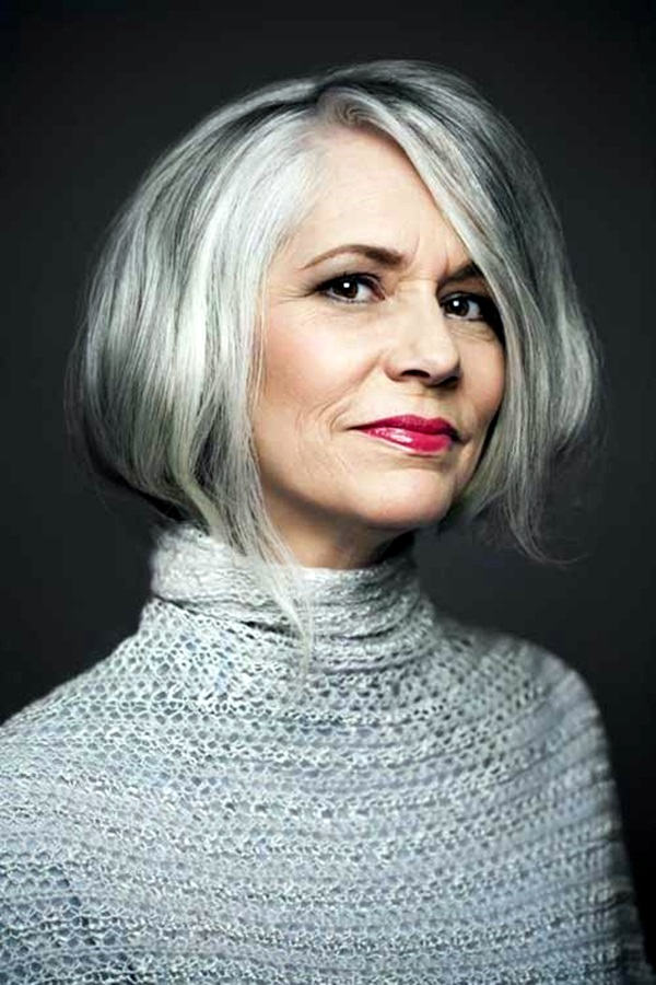 Short Hairstyles for Older Women (7)