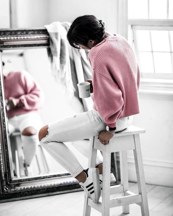 White Jeans Outfits (6)