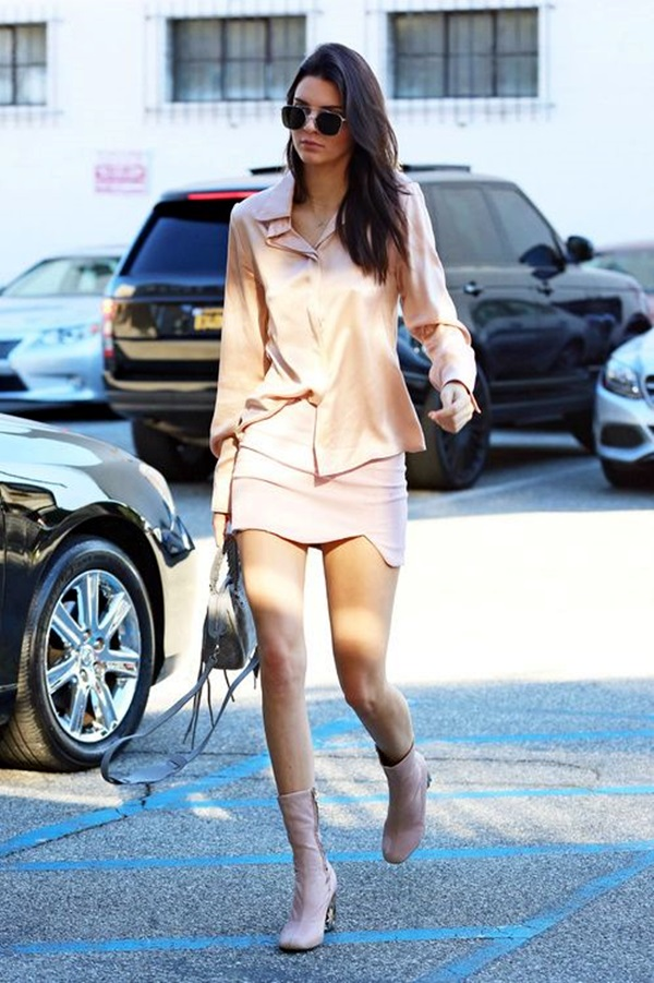Kendall Jenner style and Outfits (25)