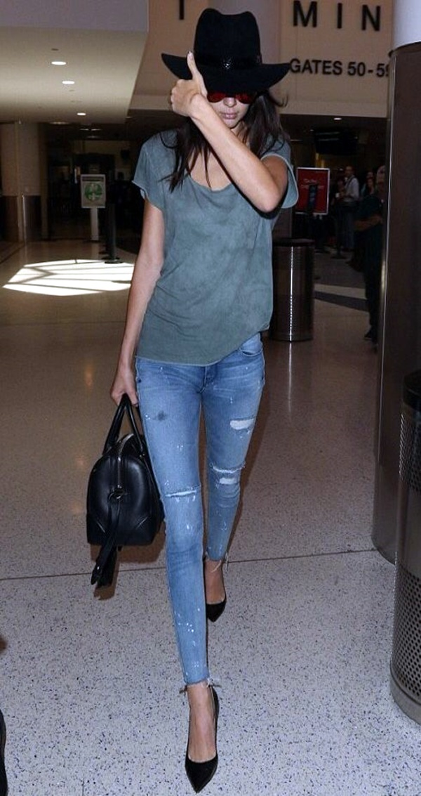 Kendall Jenner style and Outfits (30)