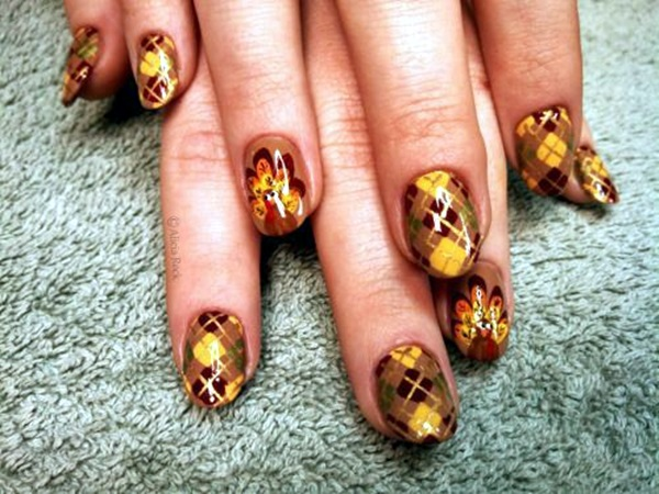 Pretty Thanksgiving Nails Art Designs (9)