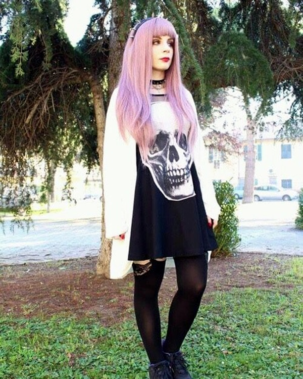 Emo Style Outfits And Fashion Ideas (15)
