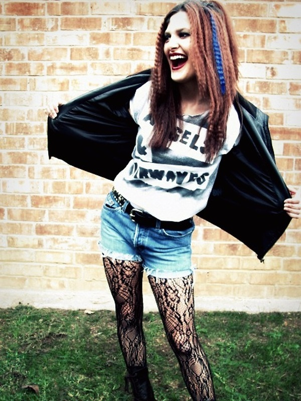 Emo Style Outfits And Fashion Ideas (2)