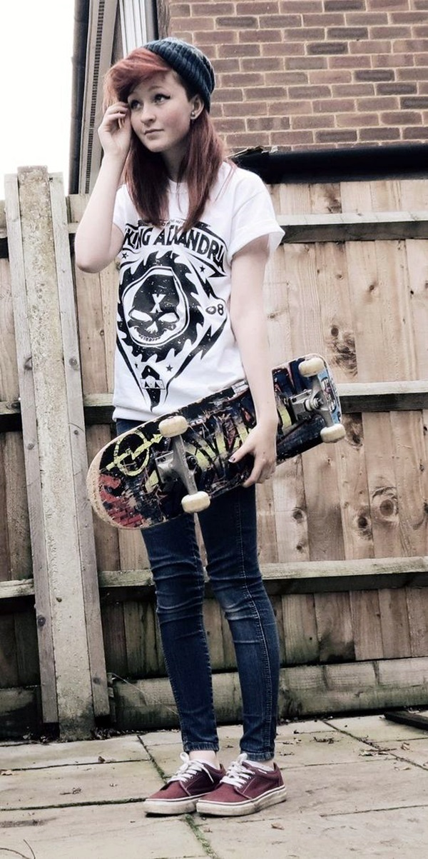 Emo Style Outfits And Fashion Ideas (4)