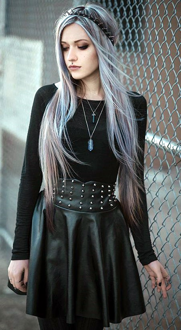 Emo Style Outfits And Fashion Ideas (7)