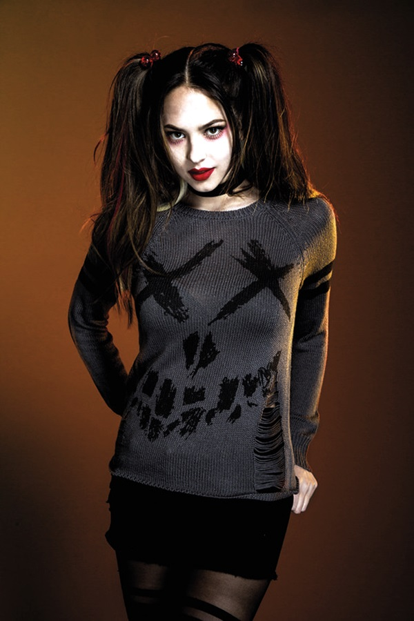 Emo Style Outfits And Fashion Ideas (8)