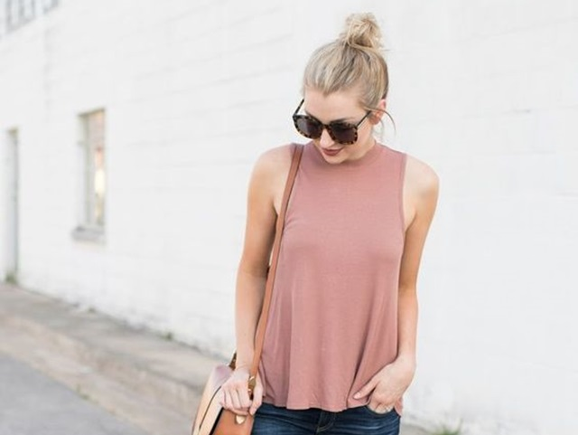 Halter Top Outfits
