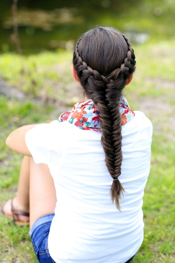 Ideas for keeping your Hair Off the Neck (6)