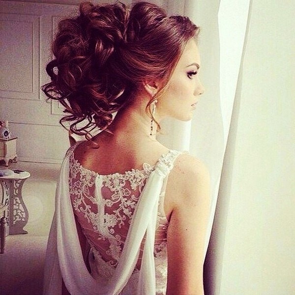 party-hairstyles-for-long-hair-27