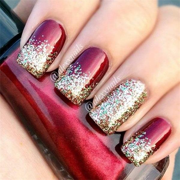pretty-santa-nails-ideas-18