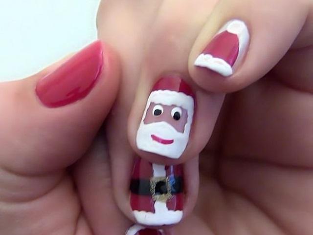 pretty-santa-nails-ideas