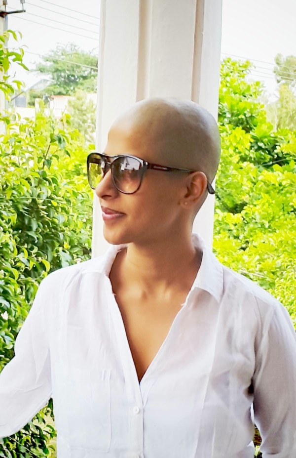 beautiful-bald-women-styles0071