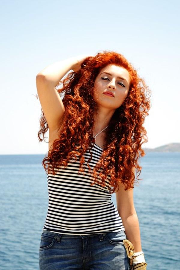 curly-hair-styles-for-long-hair-17