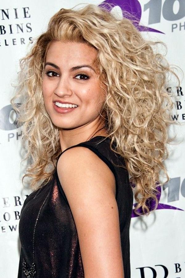 curly-hair-styles-for-long-hair-24