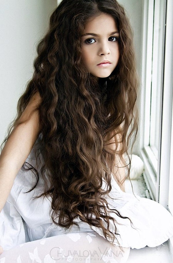 curly-hair-styles-for-long-hair-29