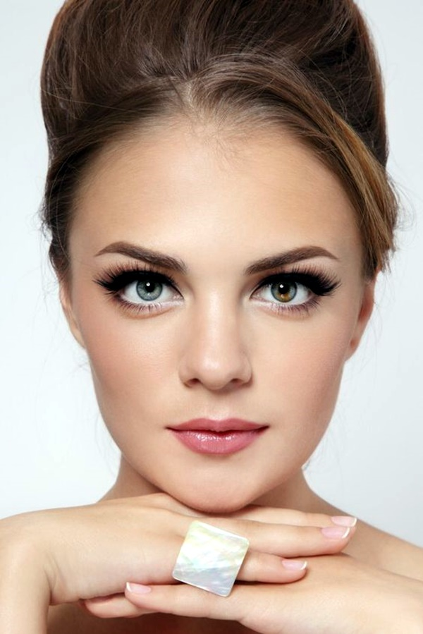 hooded-eye-makeup-tips-and-tutorial-10