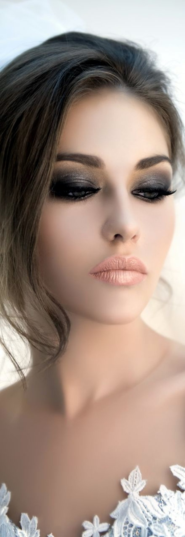 hooded-eye-makeup-tips-and-tutorial-7