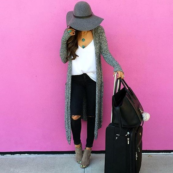 airport-fashion-outfits-to-travel-in-style-30