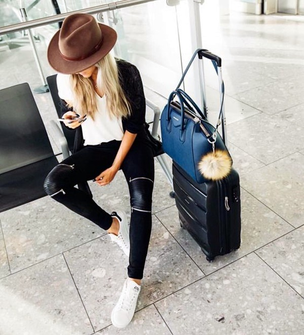 airport-fashion-outfits-to-travel-in-style-8