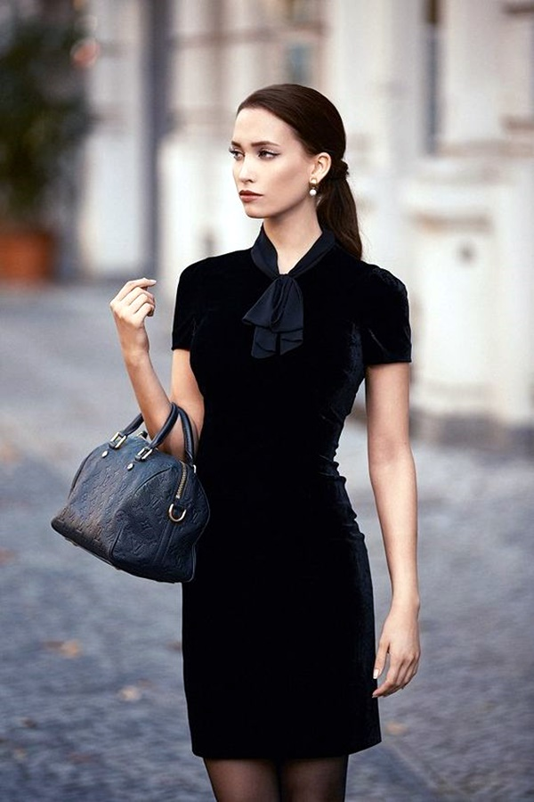 fashionable-velvet-dresses-4
