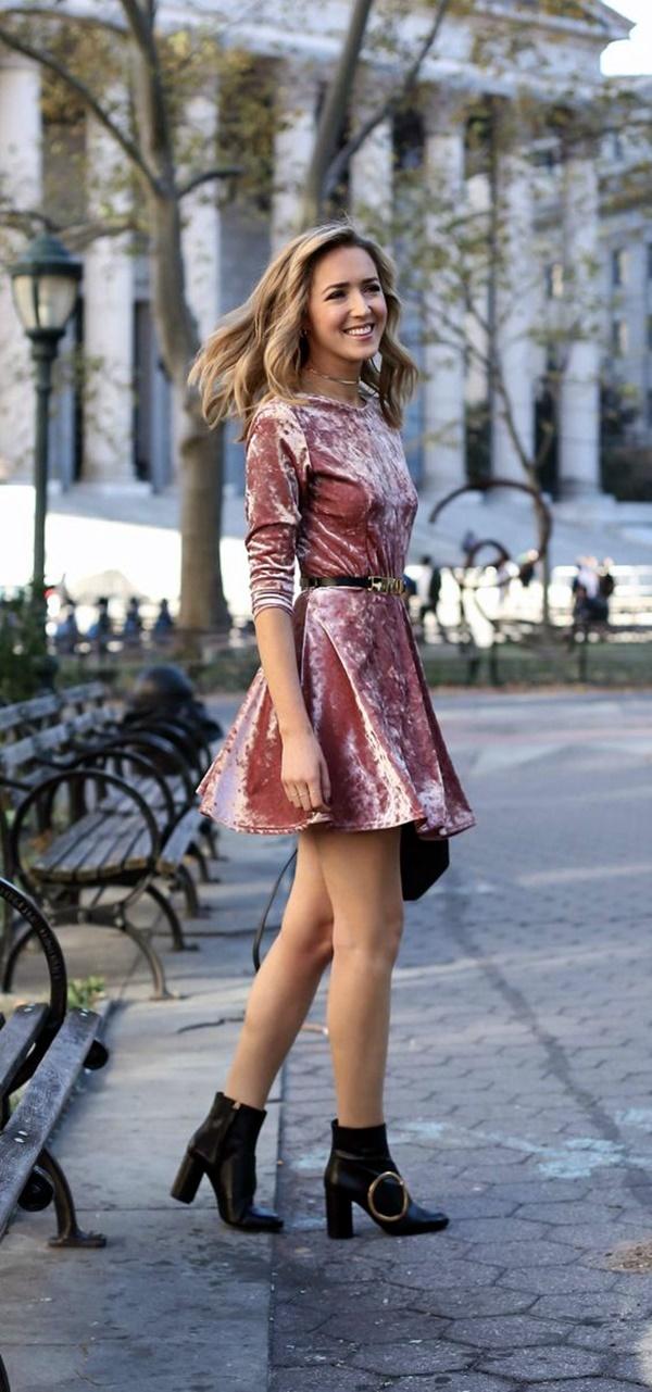 fashionable-velvet-dresses-9